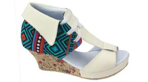 Sepatu Wanita Cantik Terbaru Dan Termurah Ul 48 Bahan 9cm 1000 ide tentang sepatu perempuan di semua bintang model sepatu dan sepatu