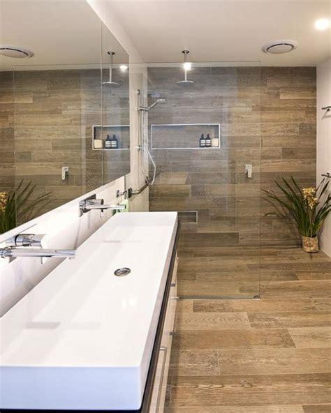 Bathroom Theme Ideas by Le Carrelage Imitation Bois En 46 Photos Inspirantes