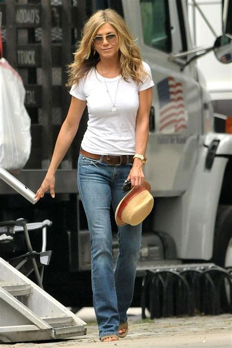 Aniston Lives In Fear Of Fashion best 25 aniston style ideas on