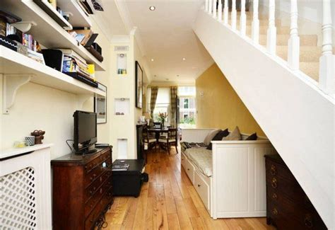 sale londons narrowest house