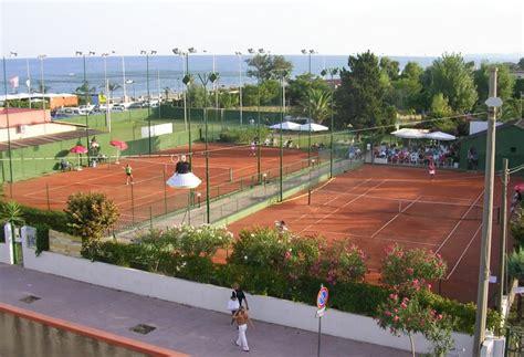 Tennis Gardens by Quot Garden Tennis Giulio Riccio Quot Locri