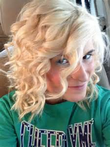 casual shaggy hairstyles done with curlingwands curls for short hair use a curling wand hair make up beauty pinterest curls for