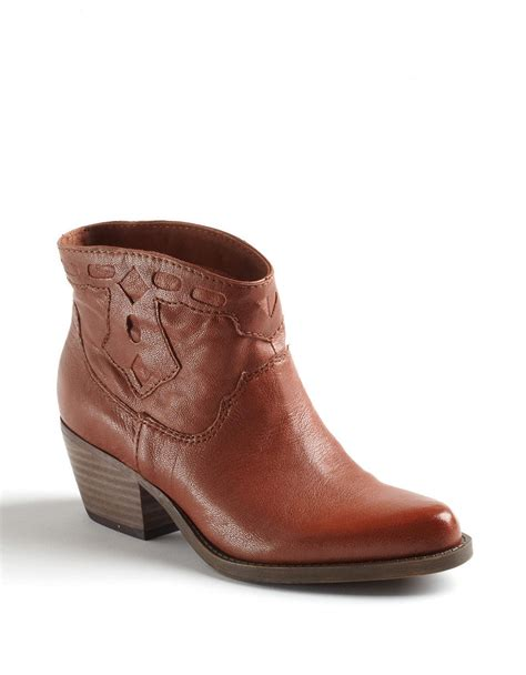 nine west palmet leather ankle boots in brown lyst