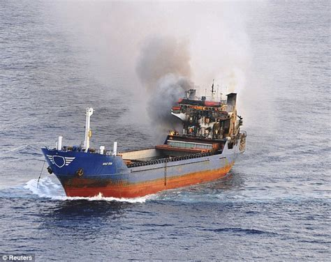 boat generator cost drug smugglers set 163 50million of hash on fire and jump