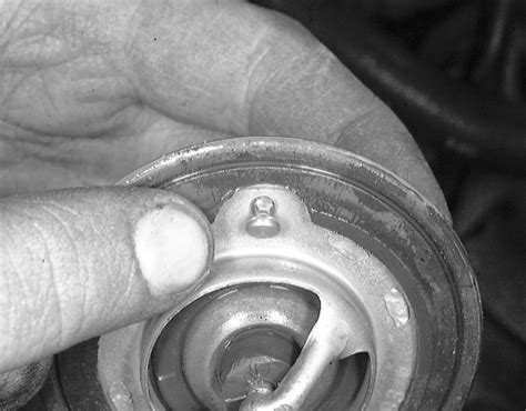 how to put a thermostat on a 2007 isuzu i 370 1995 chevrolet truck s10 p u 4wd 4 3l fi ohv 6cyl repair