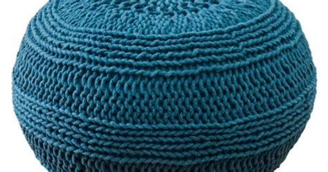 blue knitted pouffe i pinned this moroccan pouf in blue from the trendspotting