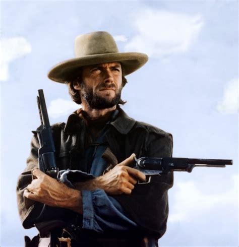film cowboy en francais complet clint eastwood clint eastwood une l 233 gende olivier p 232 re