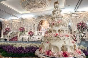elaborate wedding cakes are these the most elaborate wedding cakes of all time