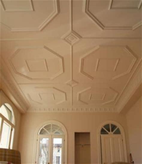 cornici pareti interne come applicare rosoni e cornici alla pareti ed ai soffitti