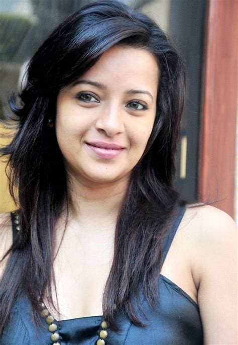 Find On By Name And Age Reema Sen Height Weight Age Husband Family Size