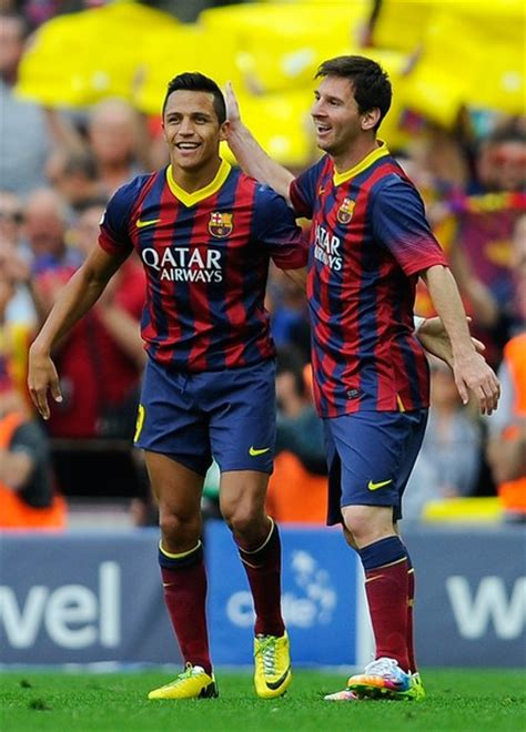 Alexis Sanchez Vs Messi | if alexis sanchez goes to the top the arsenal goes to the