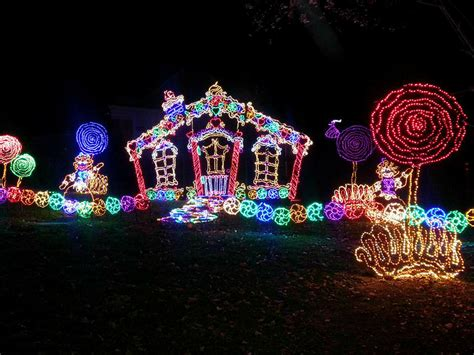 rock city lights up lookout mountain at christmas this