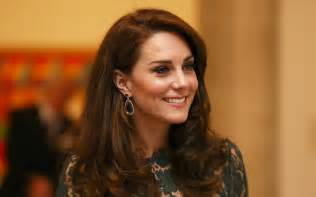 kate middleton kate s stunning night out at the gala all the photos