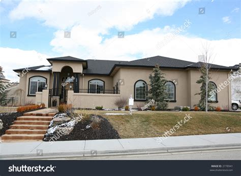 cream house music beautiful cream colored stucco house stock photo 2778941 shutterstock