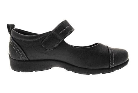 Comfort Shoes For Work   Style Guru: Fashion, Glitz