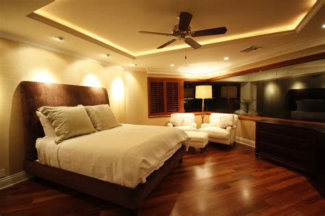 Appealing Master Bedroom Modern Decor With Wooden Floors Ceiling Bedroom Design