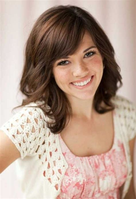 hairstyles to the side for medium hair best 25 short length haircuts ideas on pinterest short