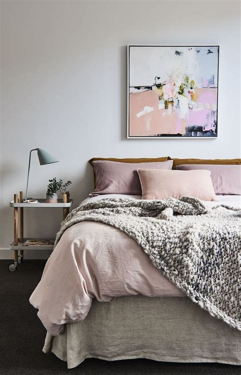 bedroom accents best 25 bedroom ideas on pink bedroom decor bedroom ideas gold and grey