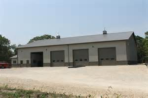 homes with in quarters outdoor pole barns with living quarters garages with living quarters pole barn with living