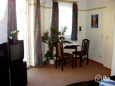 pension haus am wald potsdam guest house bed breakfast in potsdam iha 43701
