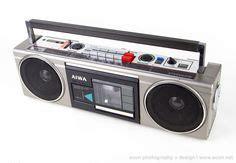 aiwa radio cassette recorder lasonic 1931x brings 80 s gaudy fashion to modern ipod