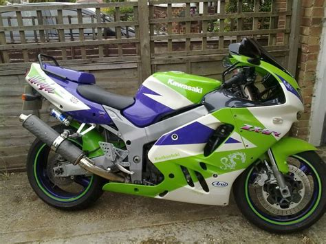 school kawasaki zx 9r these paint schemes 20072010065 jpg 1024 215 768 motorcycles