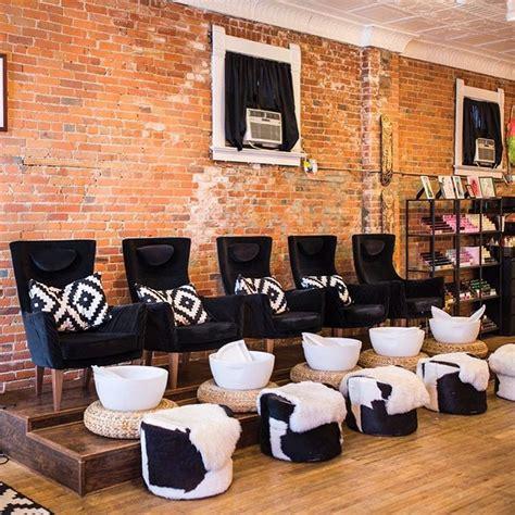 Salon Decor Ideas by 461 Best Nail Salon Decor Images On