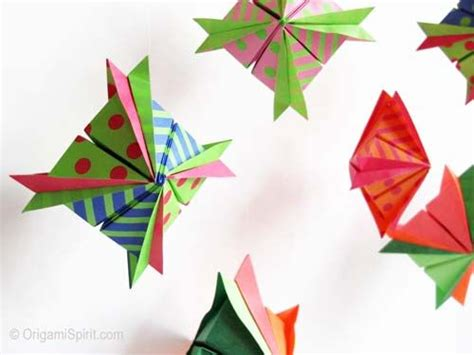 Origami Japanese Lantern - 56 best images about origami on paper lucky