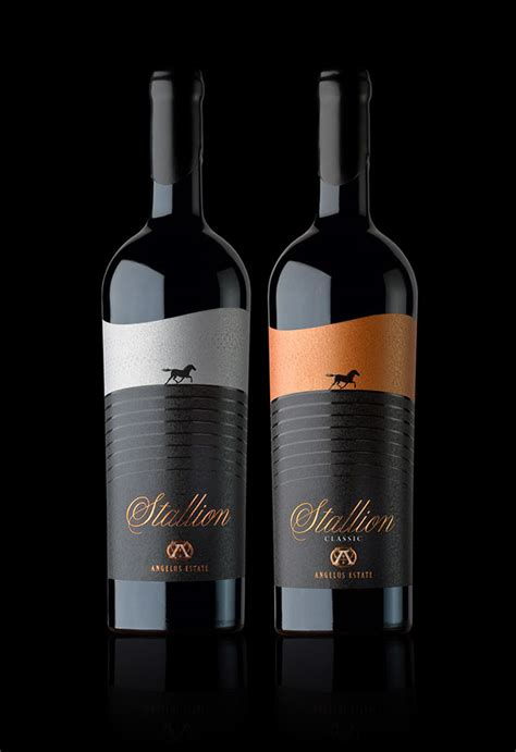 best wine labels best of 2010 wine label designs by the labelmaker on behance