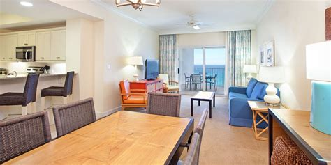 2 bedroom suites in pensacola fl three bedroom gulfview hotel suite hilton pensacola beach fl