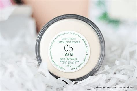 Harga Make Silky Smooth Powder make silky smooth translucent powder in snow 05