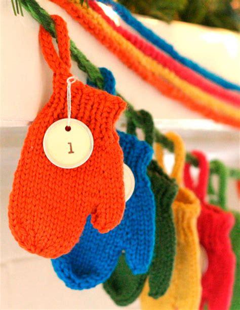 knitting pattern christmas garland smitten a holiday garland knitting patterns and