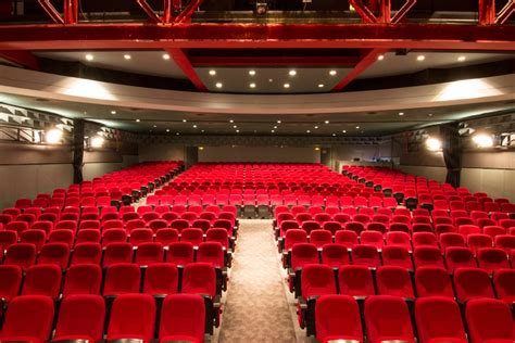 foto casa barcelona capital teatro club capitol sala pepe rubianes grup bala 241 a