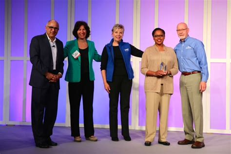Crummer Mba by Rollins College Wins Gmac S Teammba Award