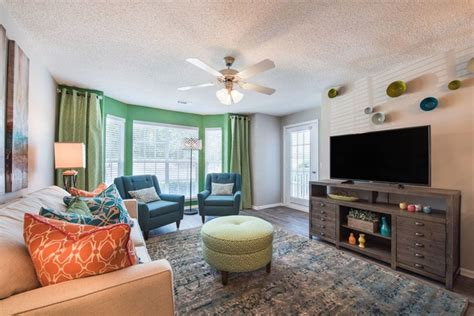 3 Bedroom Apartments In Greenville Sc by Caledon Apartments Rentals Greenville Sc Apartments