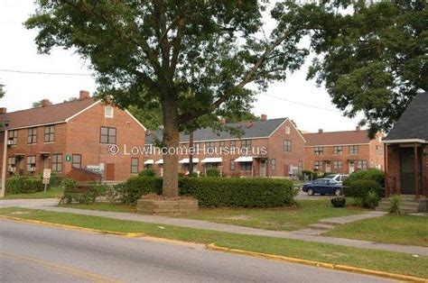 Low Income Housing Columbia Sc by Allen Benedict Court 1810 Court Plaza Columbia Sc