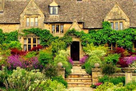 What Defines A Cottage Manor Hd Desktop Wallpaper Widescreen High