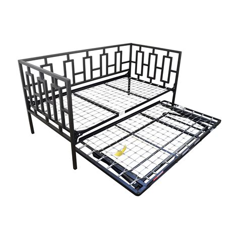 Macys Bed Frame 65 Macy S Macy S Black Metal Framed Day Bed With Trundle Beds