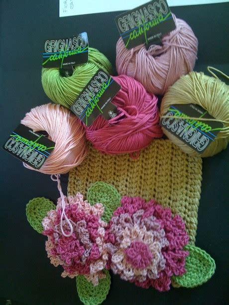 fiori all uncinetto schemi in italiano fiori all uncinetto di giuliano marelli