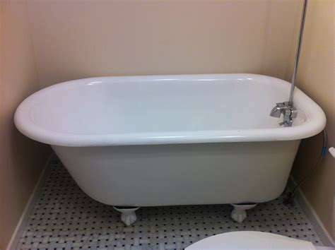 refinishing clawfoot bathtub clawfoot bathtub restoration