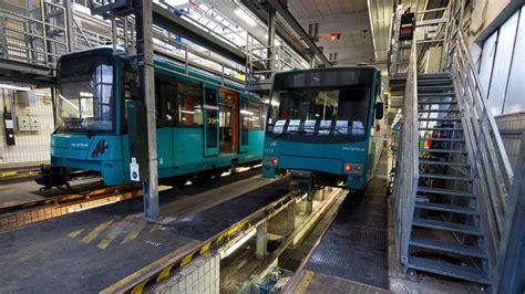 Werkstatt Frankfurt by 60 Menschen Eingesperrt U Bahnfahrer Vergisst Fahrg 228 Ste
