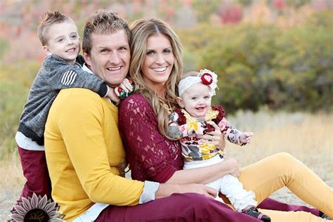 coordinating outfits for family photos my healthy happy home