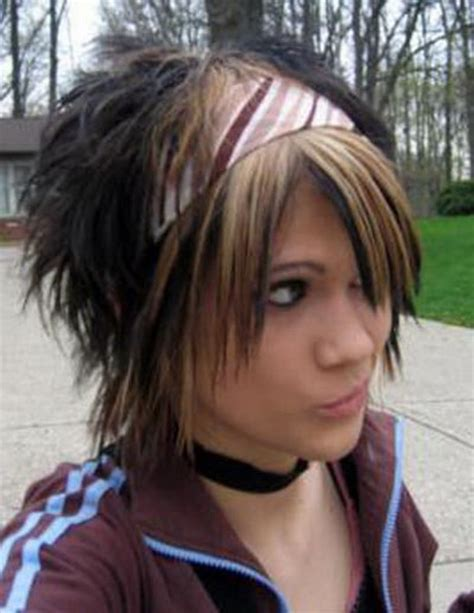 emo hairstyles thick hair emo hairstyles for girls with short hair