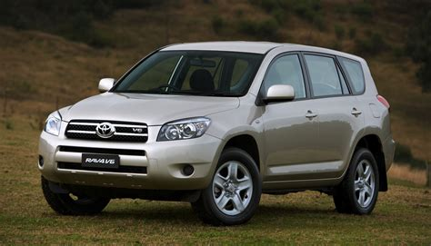 Toyota Australia Toyota Australia Recalls 300 000 Cars Photos 1 Of 2