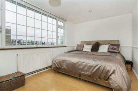 3 bedroom house for rent in basildon 3 bedroom terraced house for sale in downey close basildon ss14