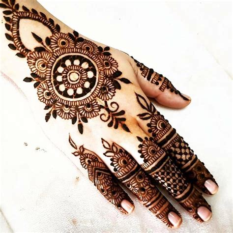 how to design a simple indian engagement mehndi 12 steps 25 simple easy and beautiful mehndi designs for hands 2017