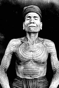 tato dayak jaman dulu traditional dayak tatto