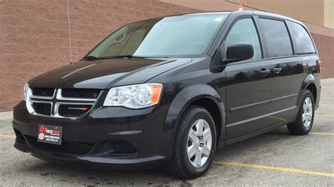 black dodge caravan 2013 dodge grand caravan se 7 passenger tinted windows