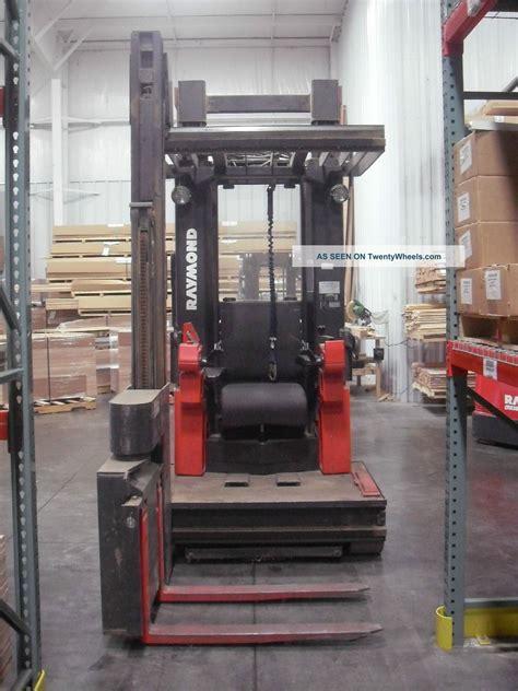 swing lift forklift raymond 537 csr30t swing reach forklift fork lift