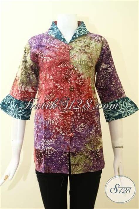 desain baju batik santai batik blus feminim desain keren banget baju batik santai